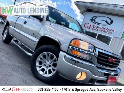 Pre-Owned 2007 GMC Sierra Classic 1500 4WD 4 Door Cab; Extended